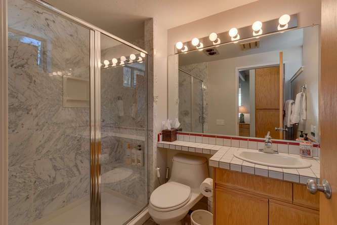 Squaw Valley Home for Sale | 1735-Paiute-Pl | Bathroom