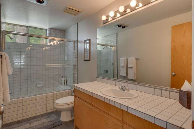 Squaw Valley House for Sale | 1735-Paiute-Pl | Bathroom