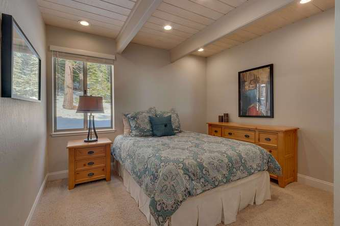 Squaw Valley Real Estate | 1735-Paiute-Pl | Bedroom