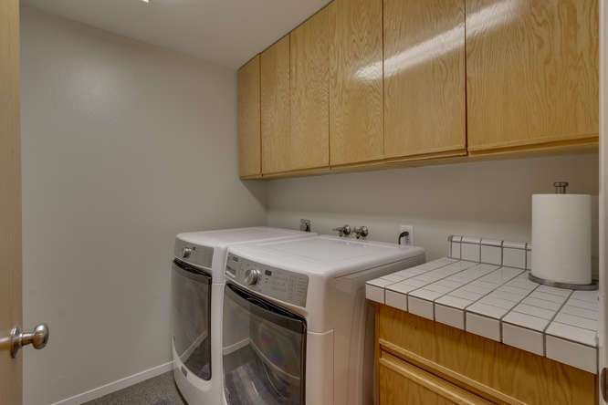 Squaw Valley Luxury Real Estate | 1735-Paiute-Pl | Laundry Room