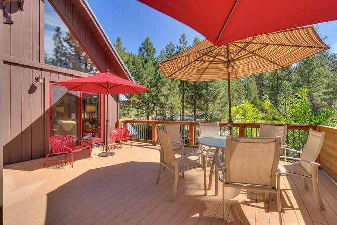 Lake Tahoe Real Estate | 1083 Lanny Ln Olympic Valley | Patio