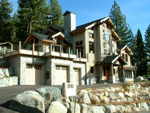 Squaw Valley Mountain Lodge