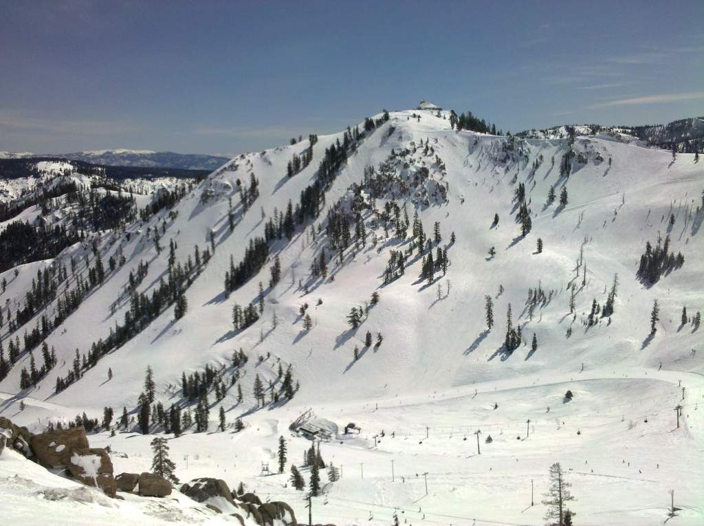 The West Face of KT-22 at Squaw Valley is a skiers playground.