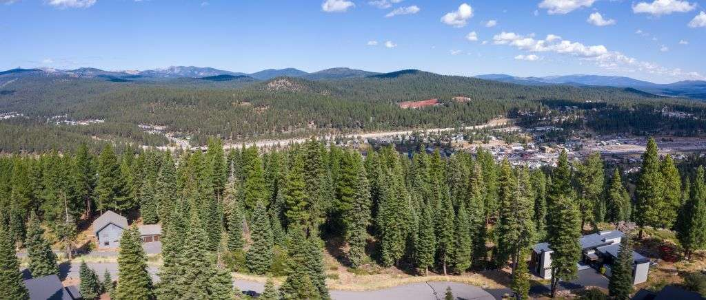 Truckee Real Estate for Sale | 10530 Aspenwood Rd | Amazing Mountain View