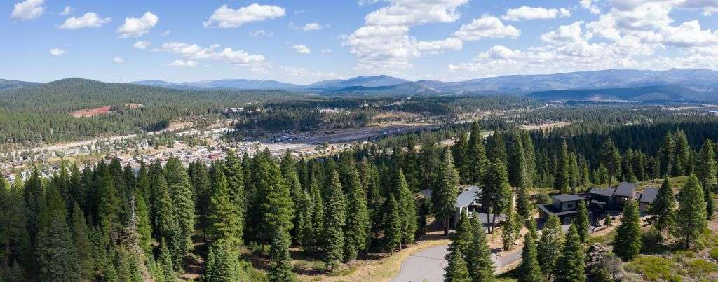 Truckee Real Estate  | 10530 Aspenwood Rd | Gorgeous Mountain View