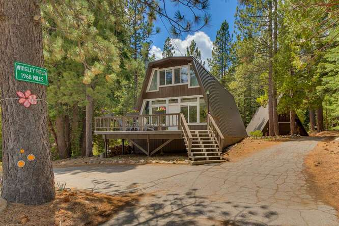 1575-W-Lake-Blvd-Tahoe-City-CA-small-001-001-Front-Exterior-666x444-72dpi.jpg-nggid044037-ngg0dyn-666x444x60-00f0w010c010r110f110r010t010