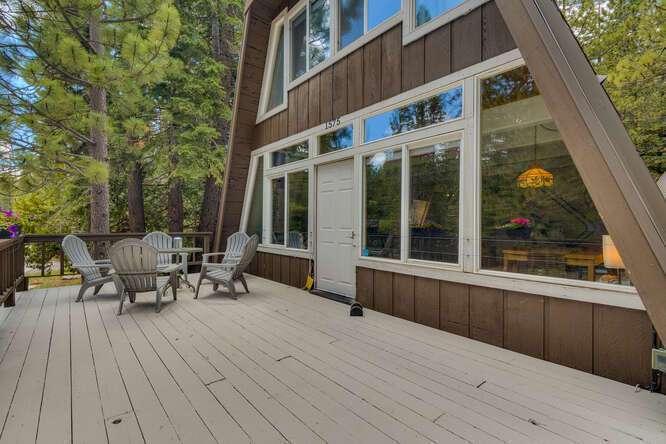 1575-W-Lake-Blvd-Tahoe-City-CA-small-002-010-Front-Patio-666x444-72dpi.jpg-nggid044035-ngg0dyn-666x444x60-00f0w010c010r110f110r010t010
