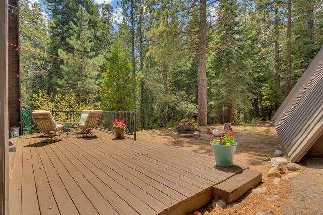 1575-W-Lake-Blvd-Tahoe-City-CA-small-015-003-Back-Patio-666x445-72dpi.jpg-nggid044049-ngg0dyn-666x444x60-00f0w010c010r110f110r010t010