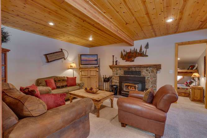 Cabin for sale Tahoe City | 1640-Cedar Crest Ave | Living Room