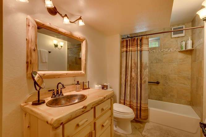 Tahoe City Mountain Home | 640 Rawhide Dr Tahoe City CA | Bathroom