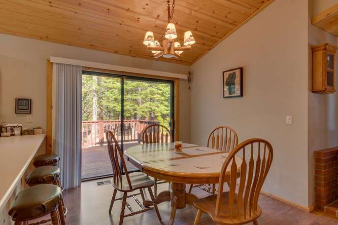 Truckee Real Estate | Dining Room