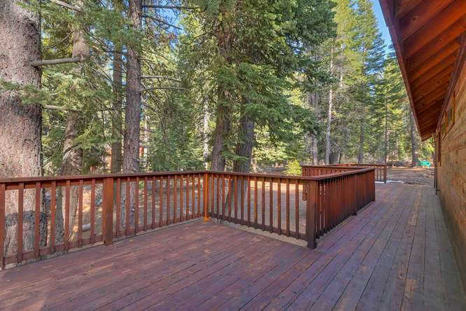 Tahoe Donner Cabin for Sale | Deck