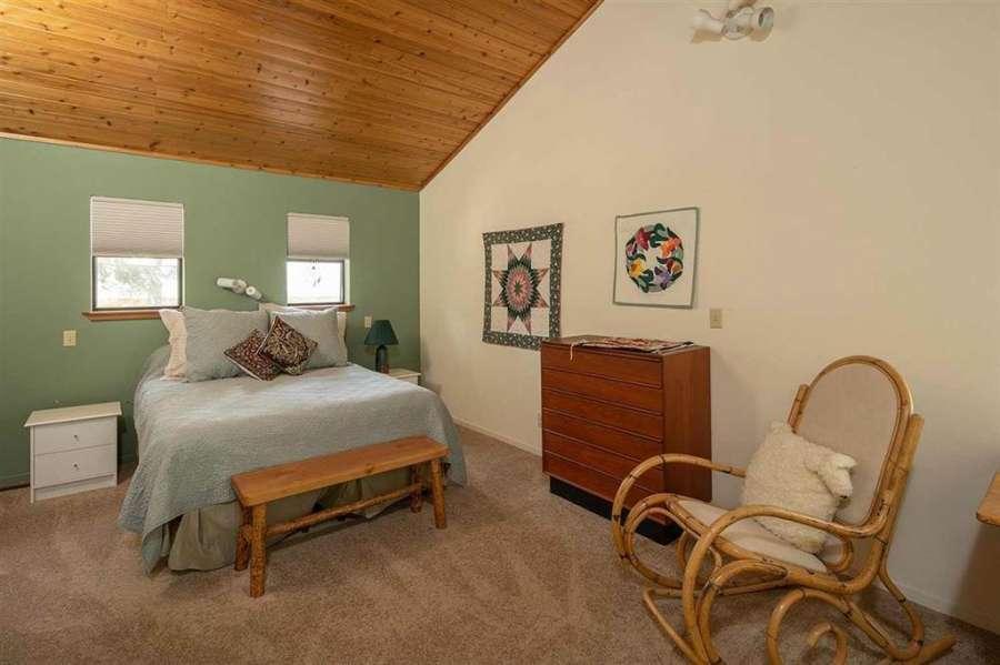 Guest bedroom | Tahoe Donner getaway