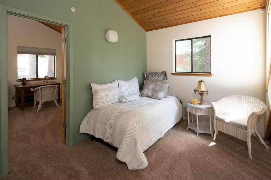 Master bedroom | 13178 Muhlebach Way