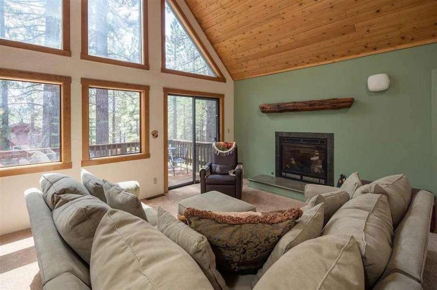 13178 Muhlebach Way | living room