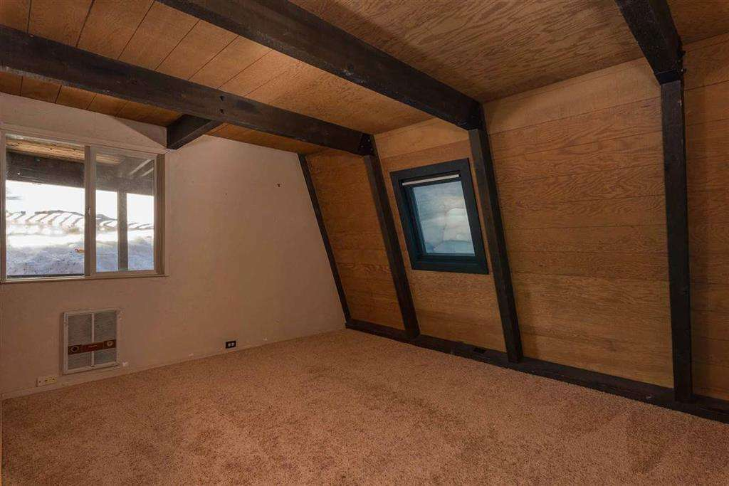 Home in Tahoe Donner   13443 Skislope Way   Bedroom