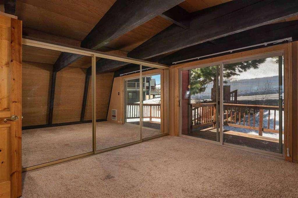 Tahoe Donner Cabin   13443 Skislope Way   Bedroom