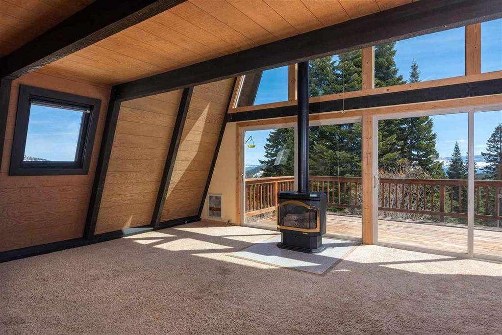 Tahoe Donner Real Estate   13443 Skislope Way   Living Area