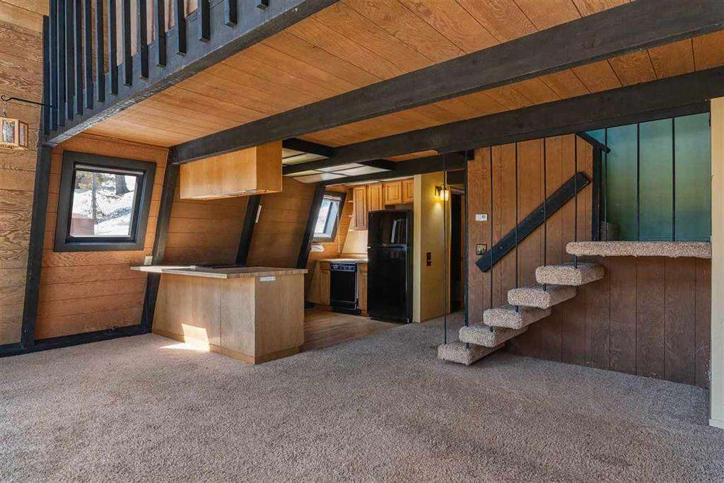 Truckee Real Estate   13443 Skislope Way   Living Area