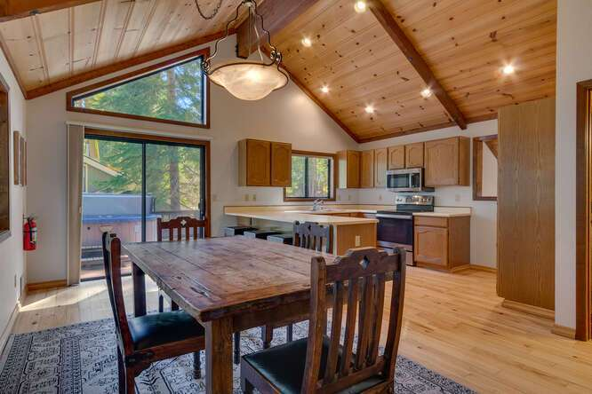 405-Tahoe-Woods-Blvd-Tahoe-small-008-012-Dining-RoomKitchen-666x444-72dpi