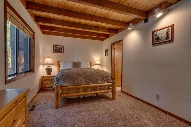405-Tahoe-Woods-Blvd-Tahoe-small-013-014-Master-Bedroom-Ensuite-666x444-72dpi