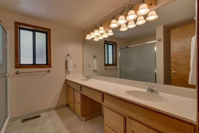 405-Tahoe-Woods-Blvd-Tahoe-small-014-017-Master-Bath-666x445-72dpi