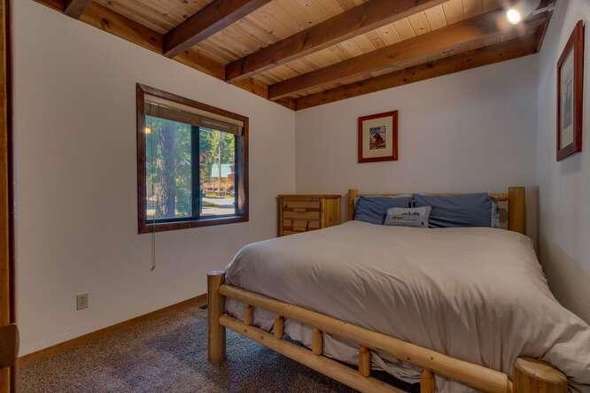 405-Tahoe-Woods-Blvd-Tahoe-small-015-019-Bedroom-666x444-72dpi