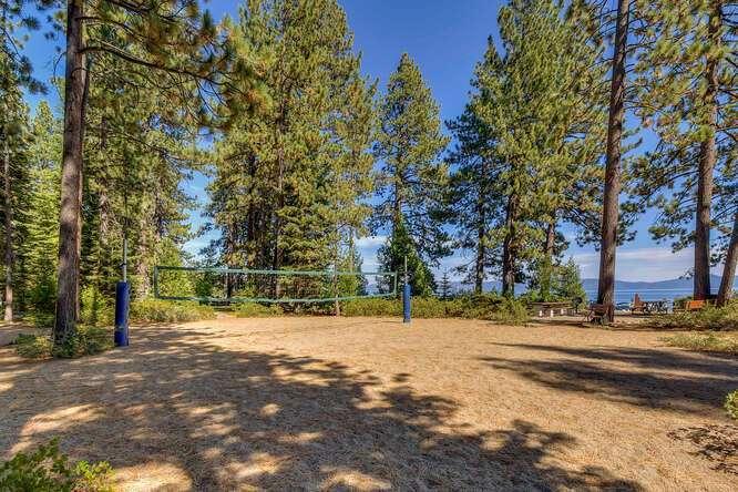 405-Tahoe-Woods-Blvd-Tahoe-small-020-002-Tahoe-Park-Beach-Amenities-666x444-72dpi