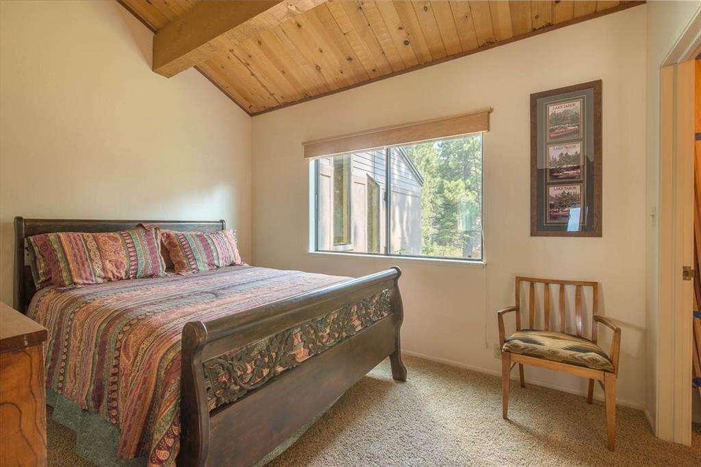 North Lake Tahoe Condo | 7580 North Lake Blvd | Bedroom