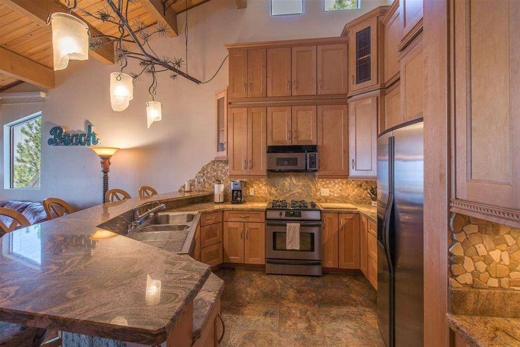 Lake Tahoe Condo | 7580 North Lake Blvd | Kitchen