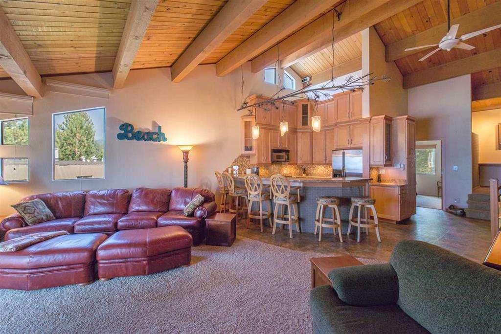 Tahoe Vista Condo | 7580 North Lake Blvd | Living Room