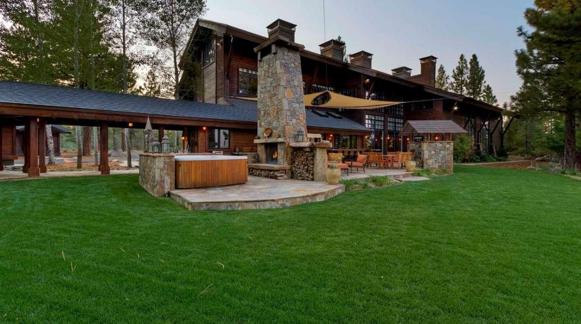 10611 Buckhorn Ridge Back Yard | The Meadows Real Estate