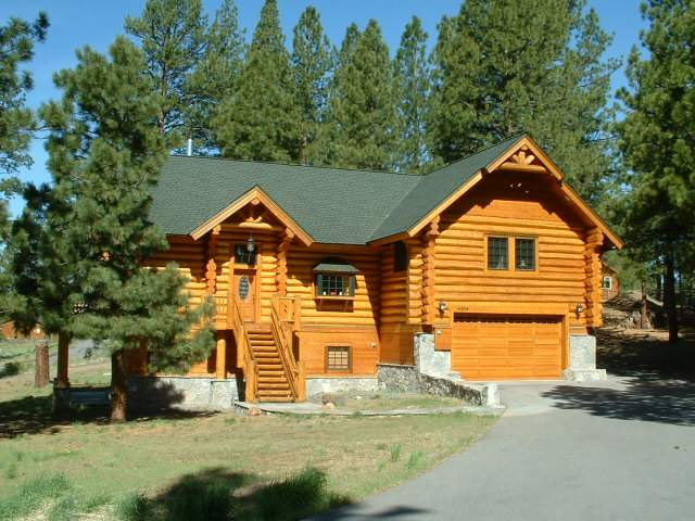 Beautiful mountain home in Glenshire Real Estate in Truckee, CA