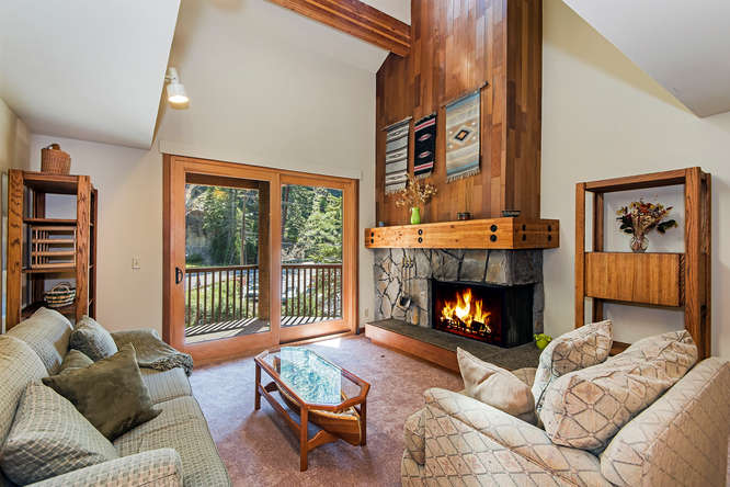 Image of interior of 135 Alpine Meadows Rd #11 | real estate alpine meadows blog post