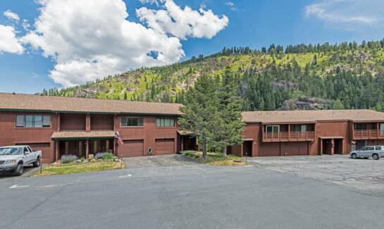 205 Alpine Meadows Rd. #7 | Alpine Meadows Real Estate