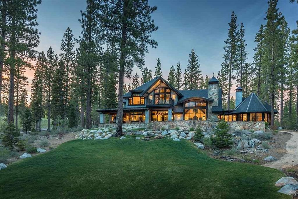 Image of a Lake Tahoe Luxury Home for Tahoe Luxury Home Sales of 2017 blog post