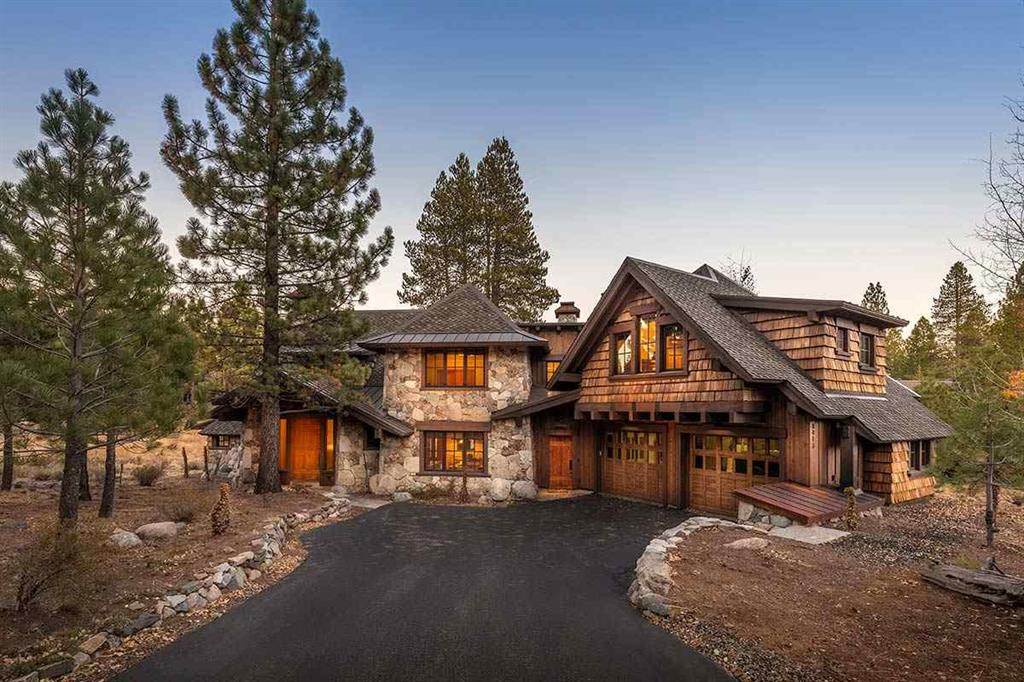 Lahontan Luxury Homes | Front View