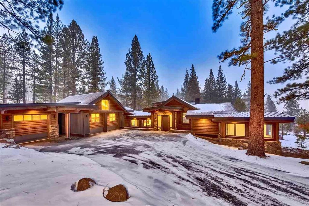 Lahontan Luxury Homes | Front view with snow