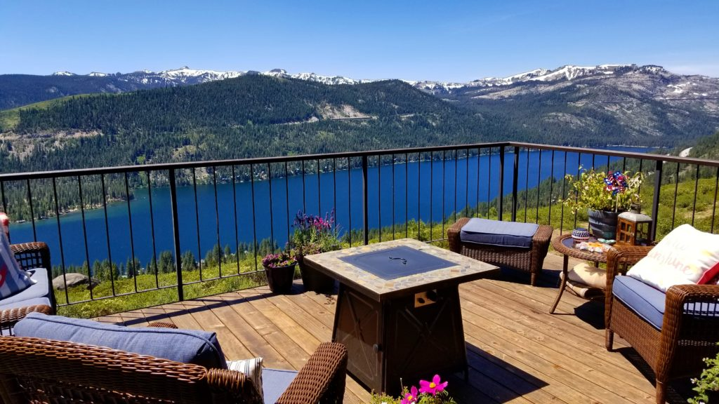 Truckee Home Overlooking Donner Lake